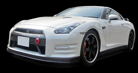 R35-GTR-Pure-edition-MY2013.jpg